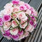 Esküvői csokor rózsaszín színvilág