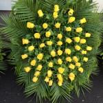 sárga rózsakoszorú