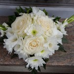 fehér rózsa sírcsokor